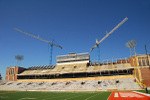 Memorial_stadium_construction